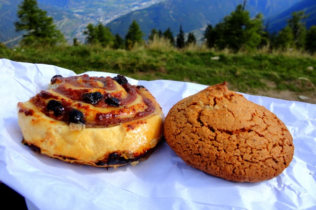 A Swiss Pain au Raisin and an almond cookie.